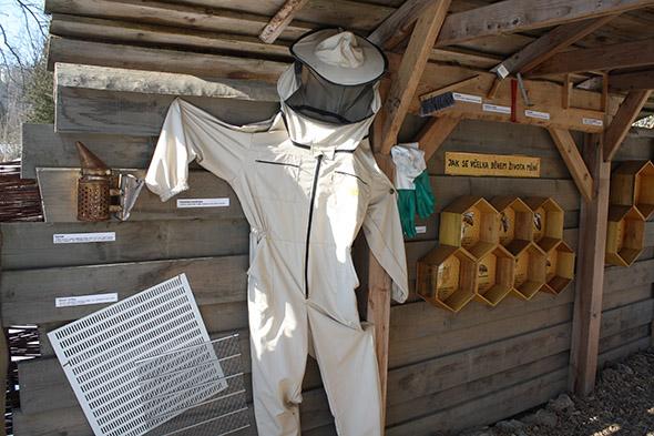 vybavení pro včelaře